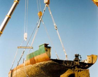 """Desguace del barco """"Tania"""""""